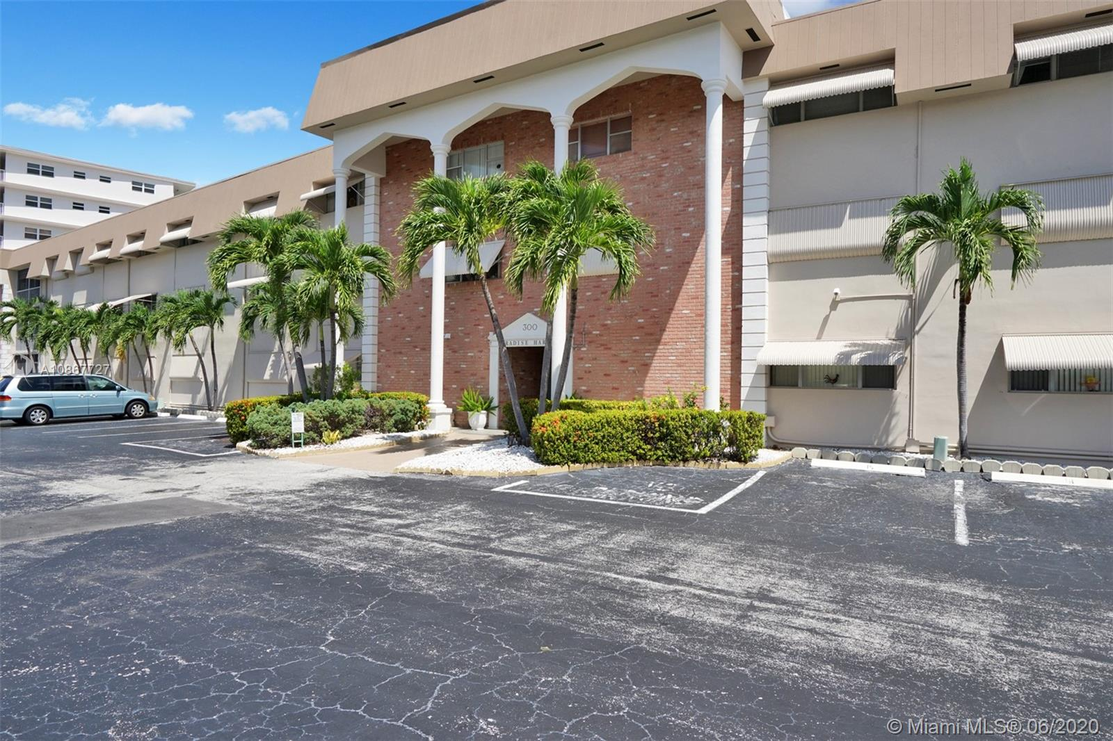 300  GOLDEN ISLES DR #216 For Sale A10867727, FL