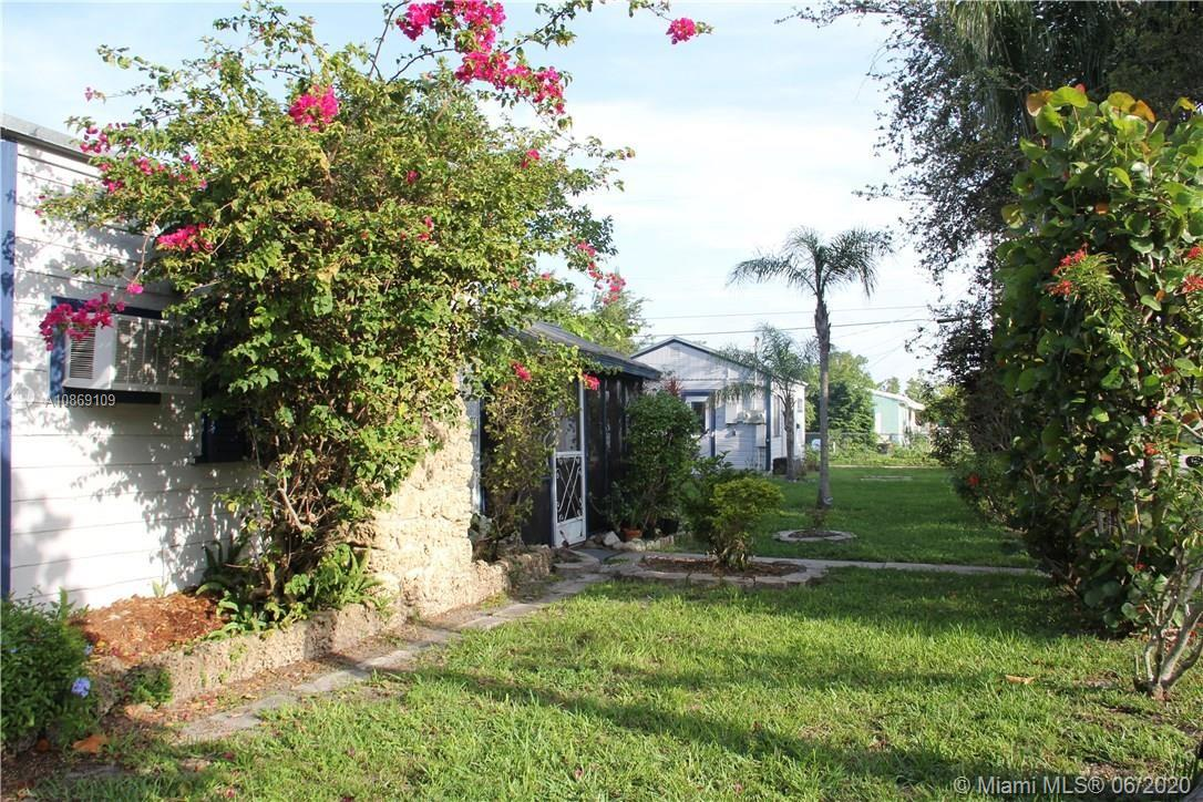 2246  Liberty St  For Sale A10869109, FL