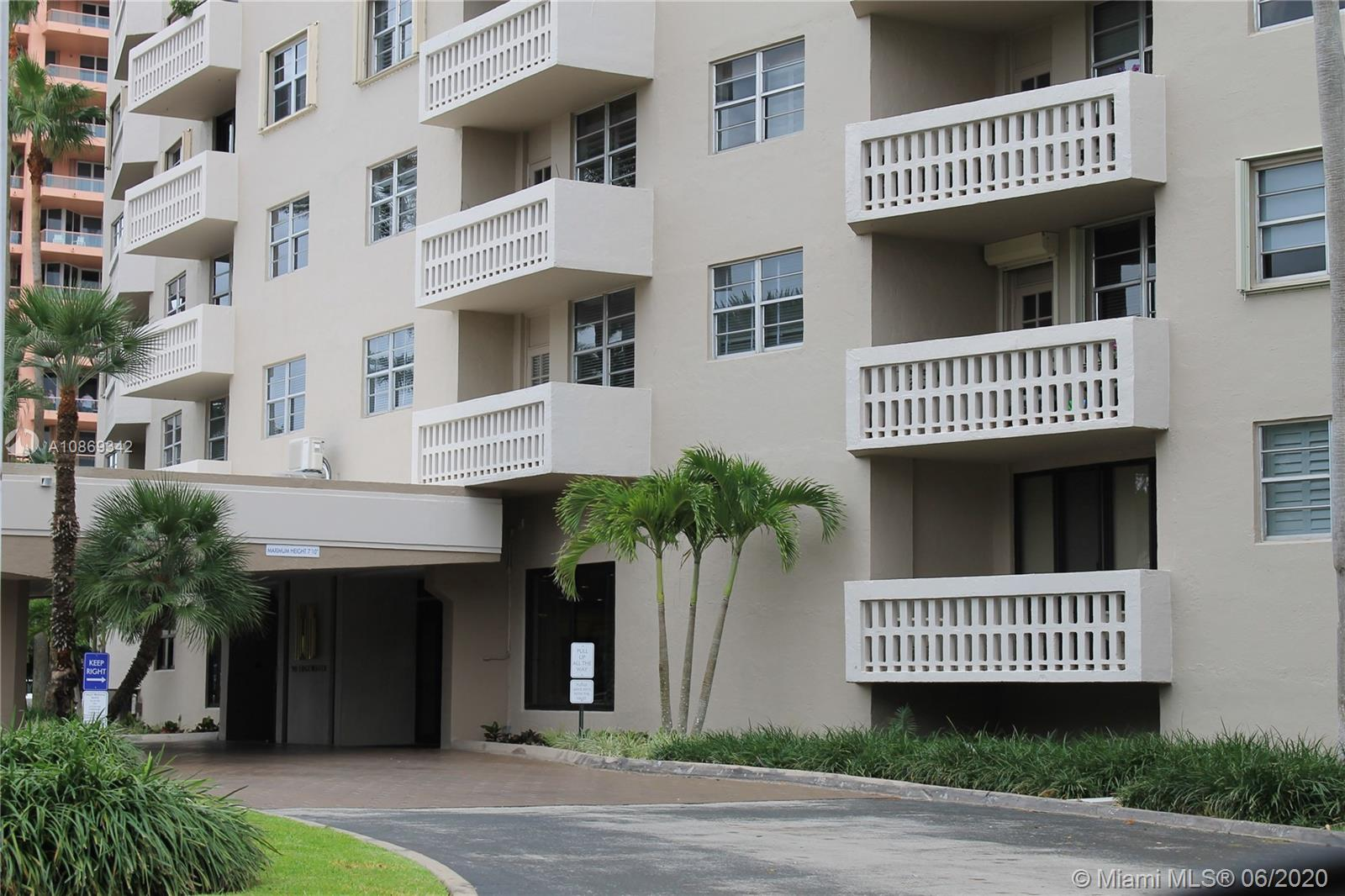 90  Edgewater Dr #211 For Sale A10869342, FL