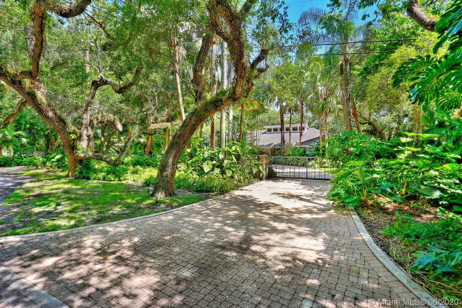4685 SW 74th St  For Sale A10868935, FL