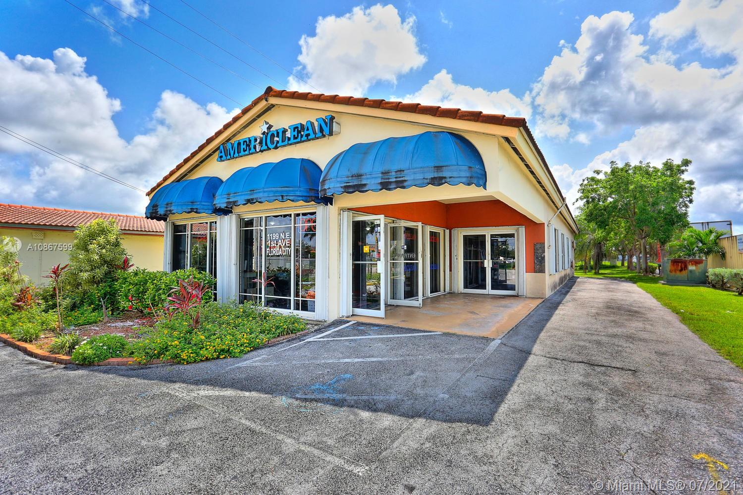 1199 NE 1st Ave  For Sale A10867599, FL