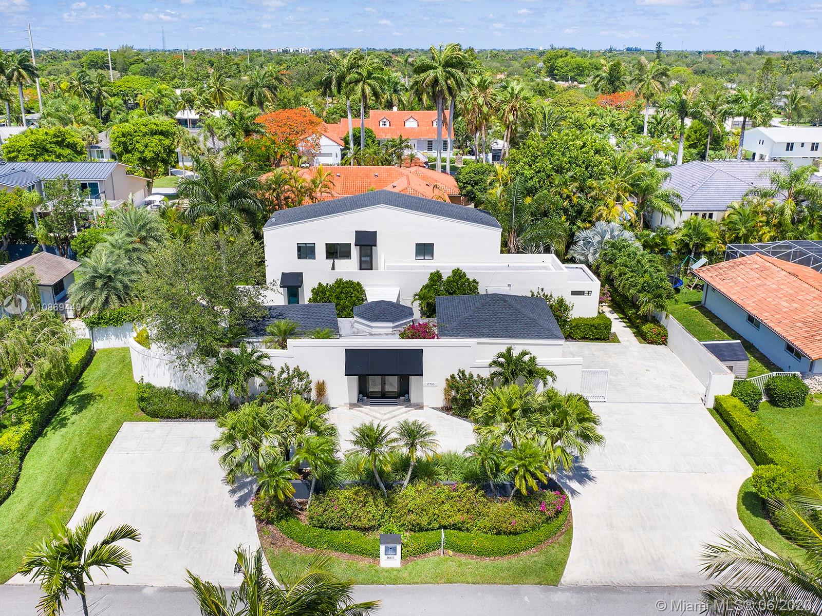 17700 SW 83rd Ave  For Sale A10869448, FL
