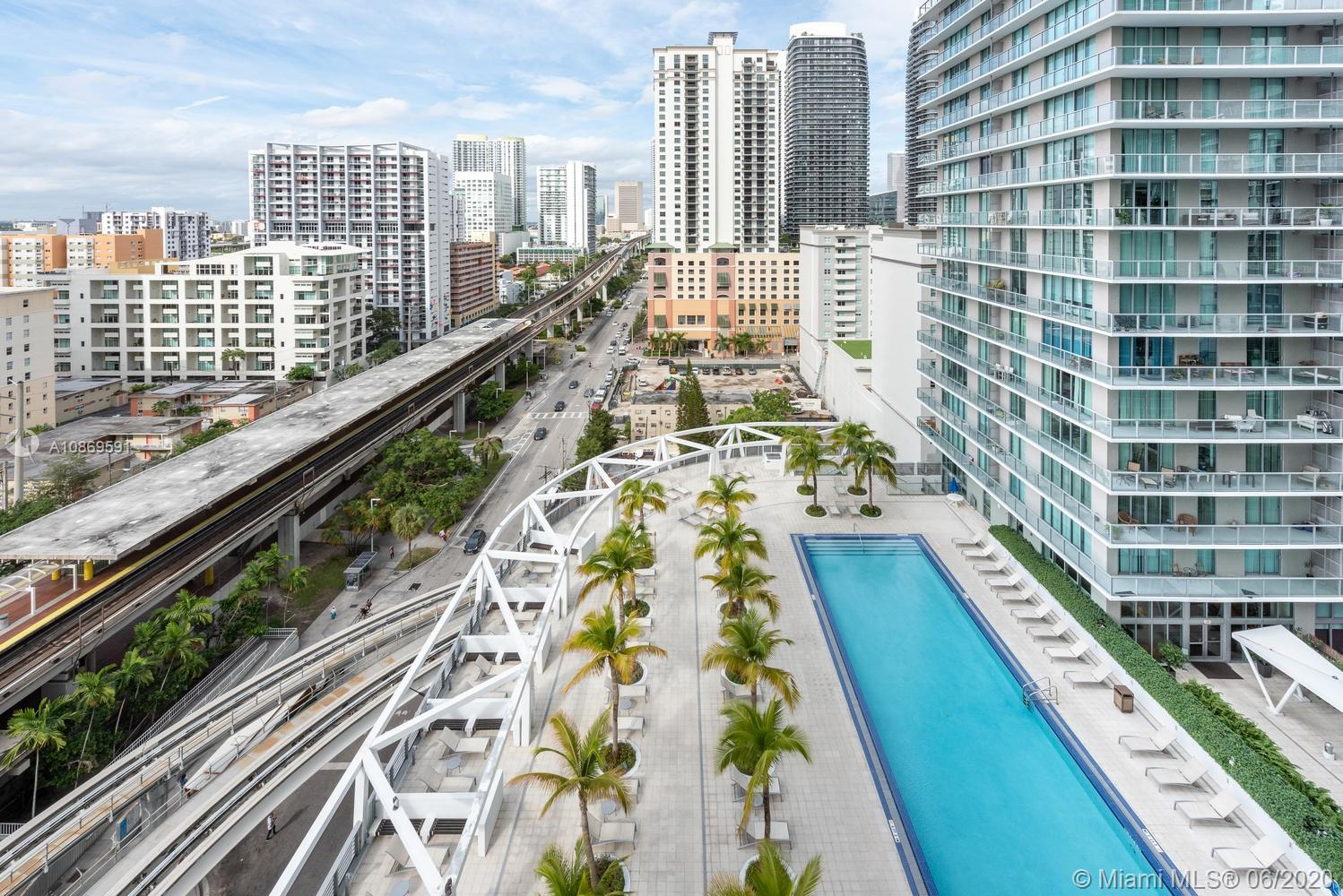 79 SW 12th St #1811-S For Sale A10869591, FL