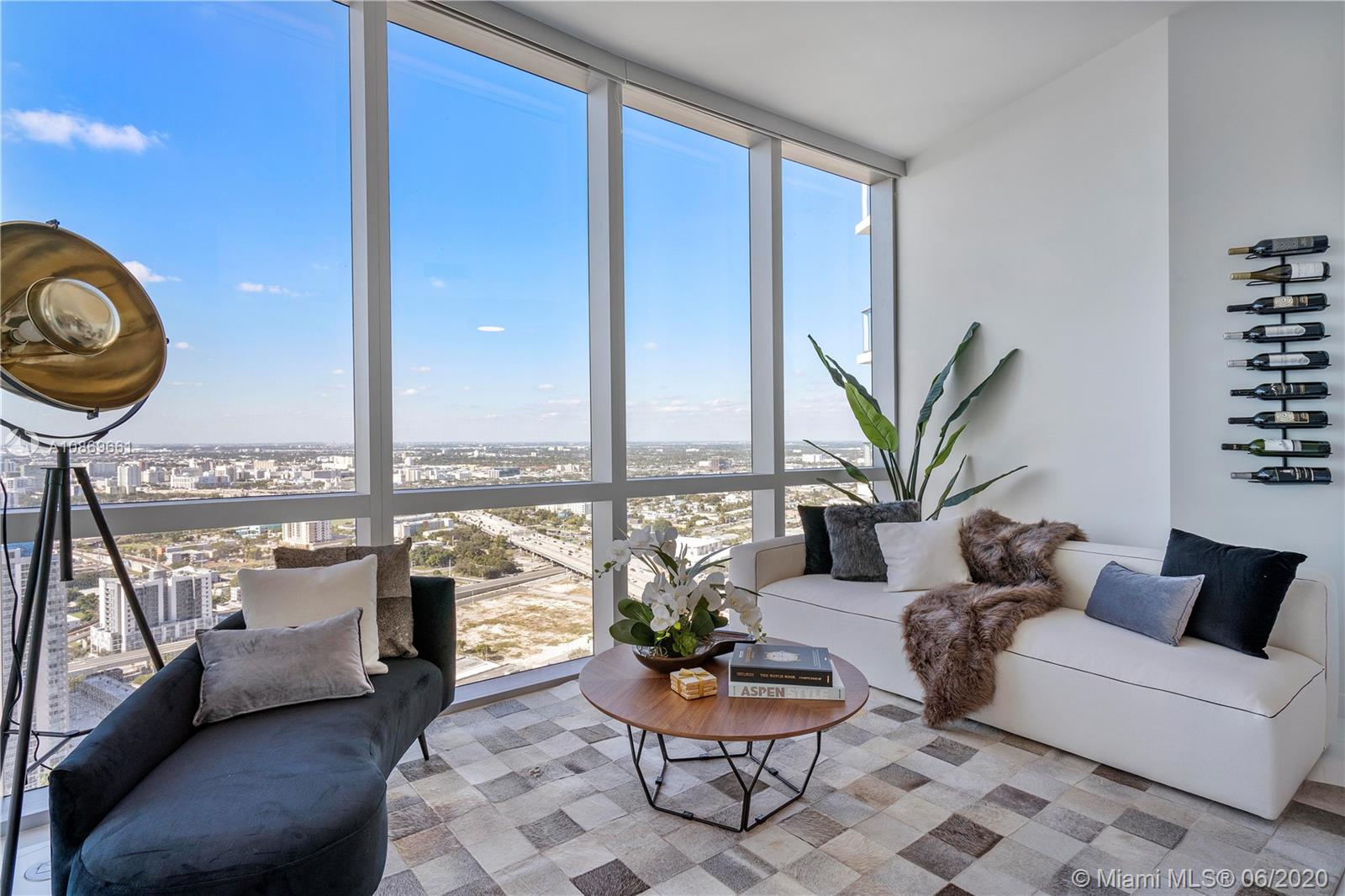 851 NE 1st ave #3604 For Sale A10869661, FL