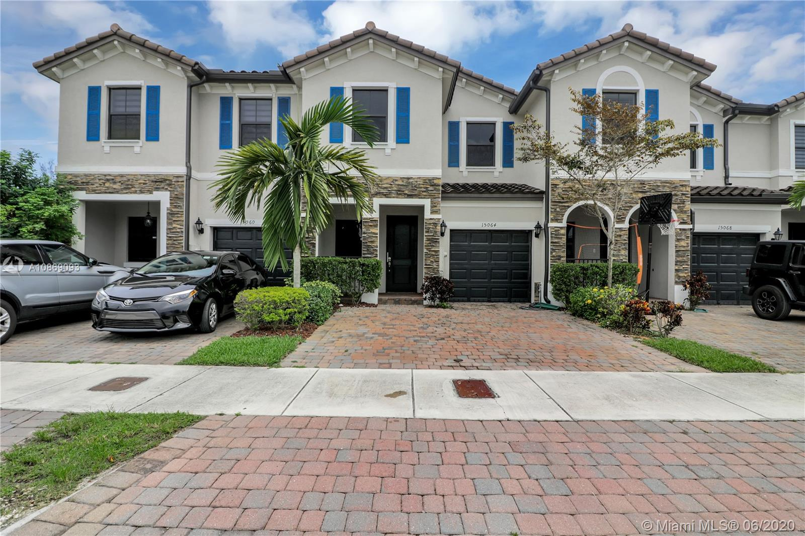 15064 SW 117th Ter #- For Sale A10869093, FL