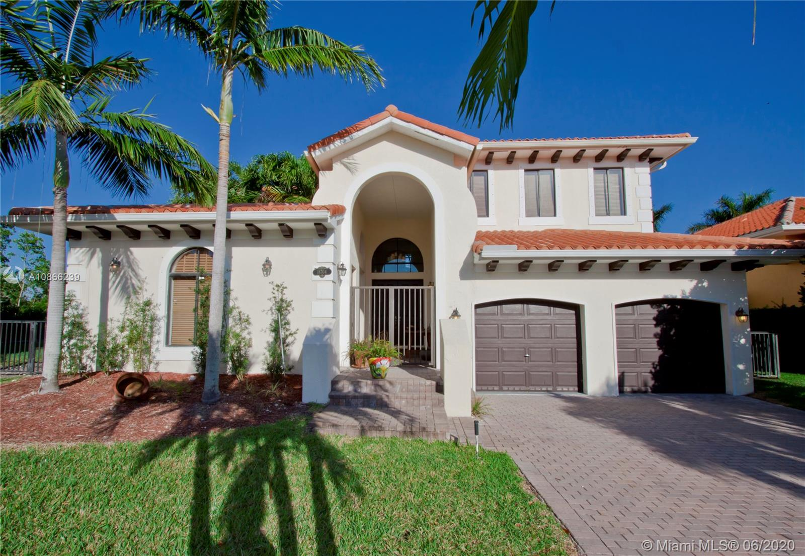 18704 SW 76th Ct.  For Sale A10866239, FL