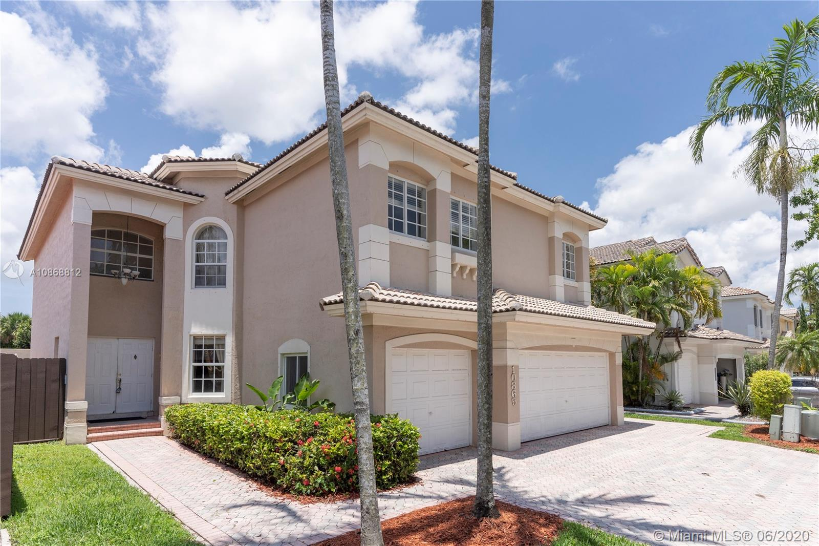 10865 NW 73rd Ter  For Sale A10868812, FL