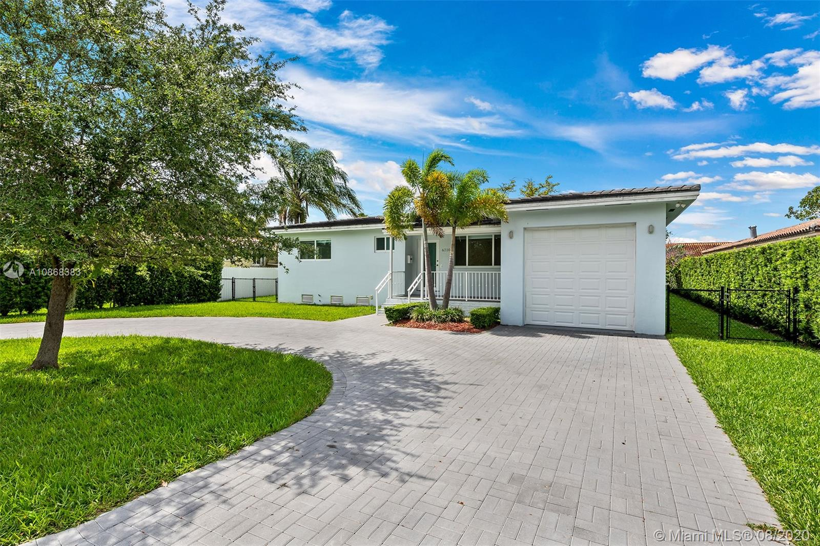 6310 SW 30th St  For Sale A10868383, FL