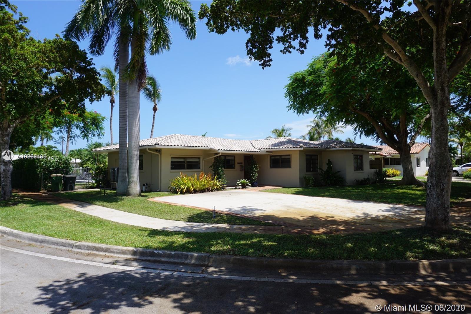 12937  Banyan Rd  For Sale A10869436, FL
