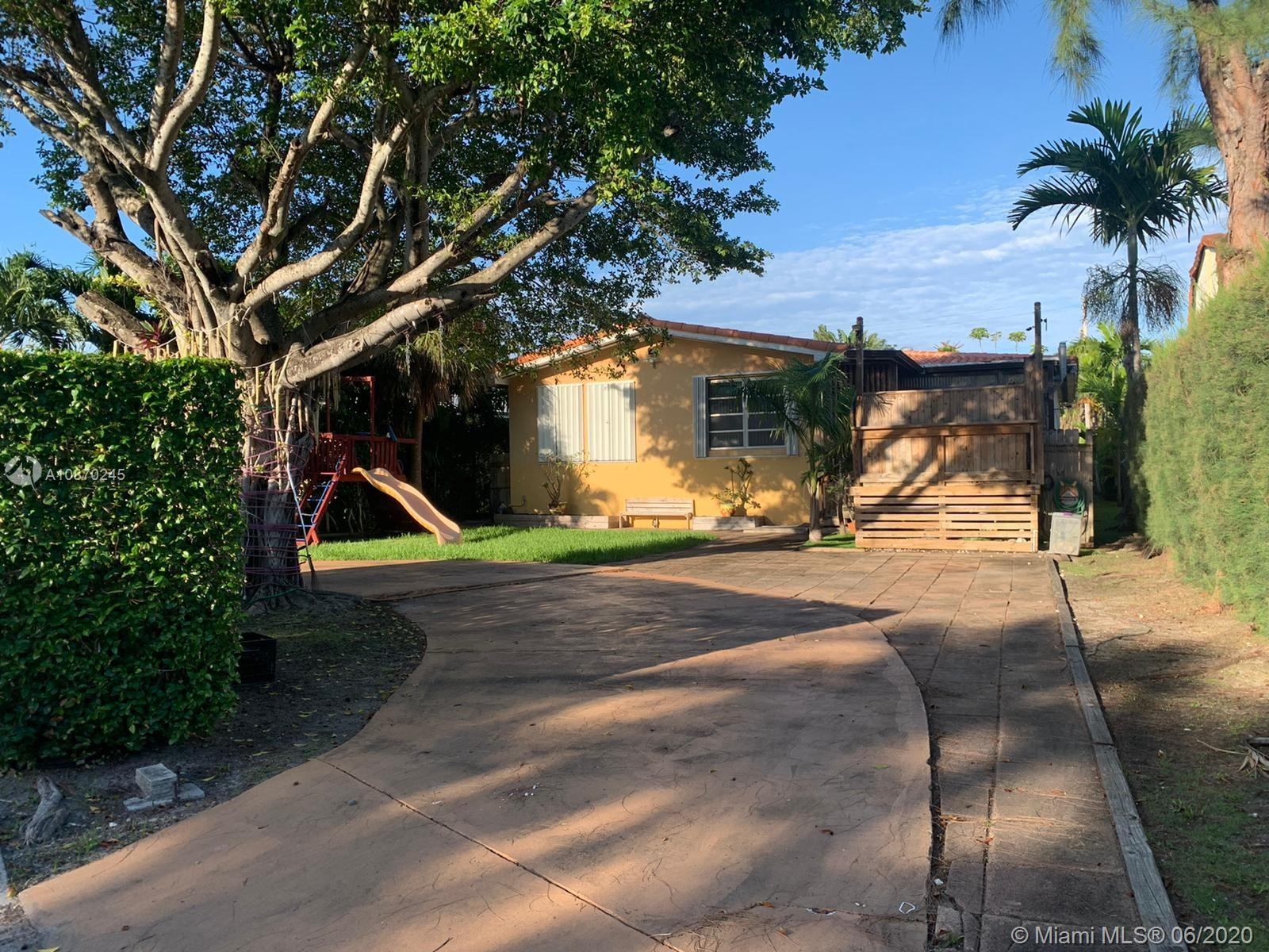 9248  Emerson Ave  For Sale A10870245, FL