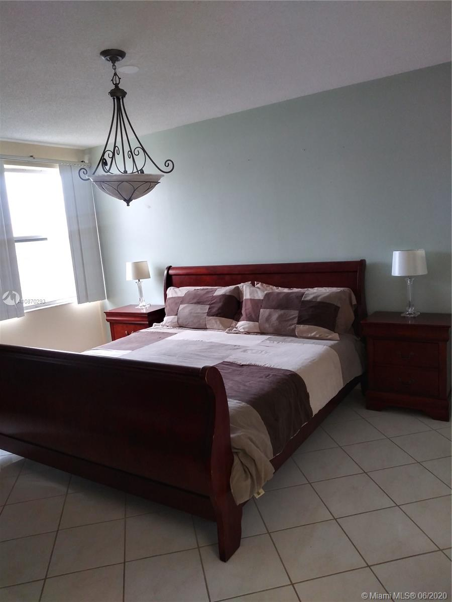 17620 Atlantic Blvd 517, Sunny Isles Beach, FL 33160