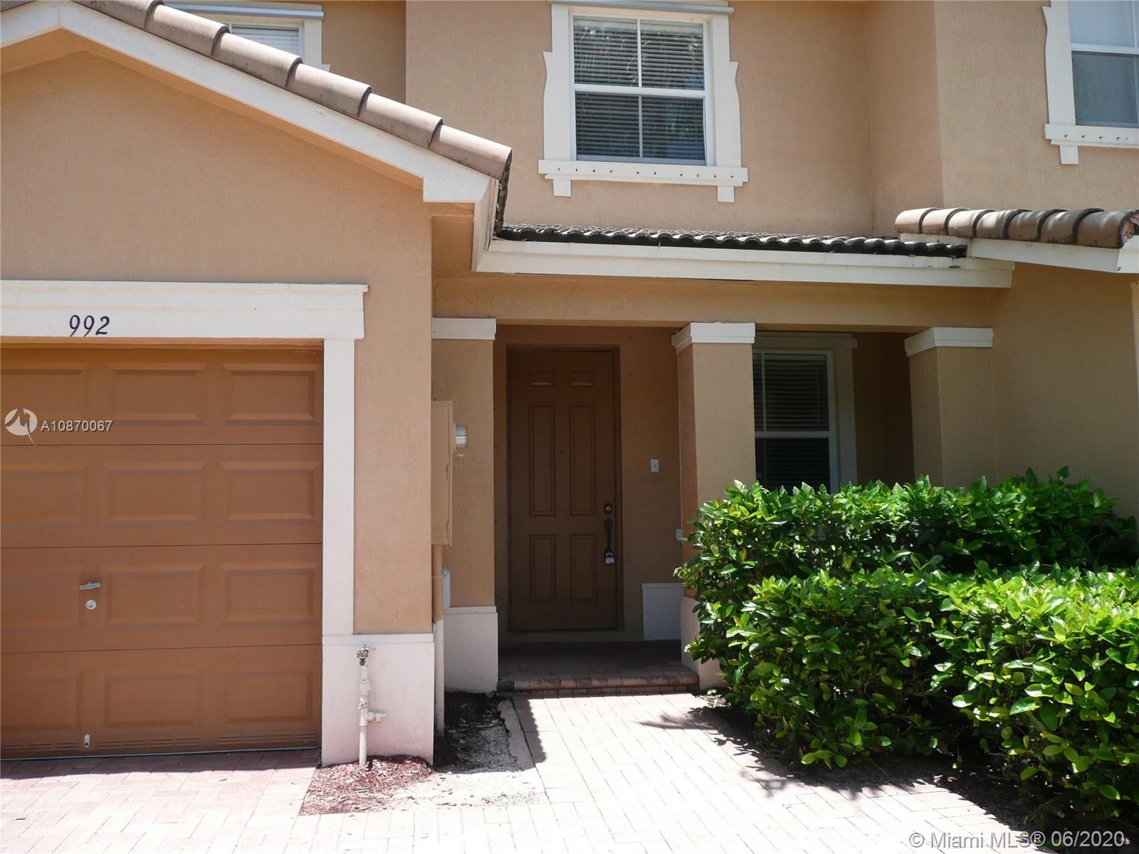 992 NE 42nd Ave #992 For Sale A10870067, FL