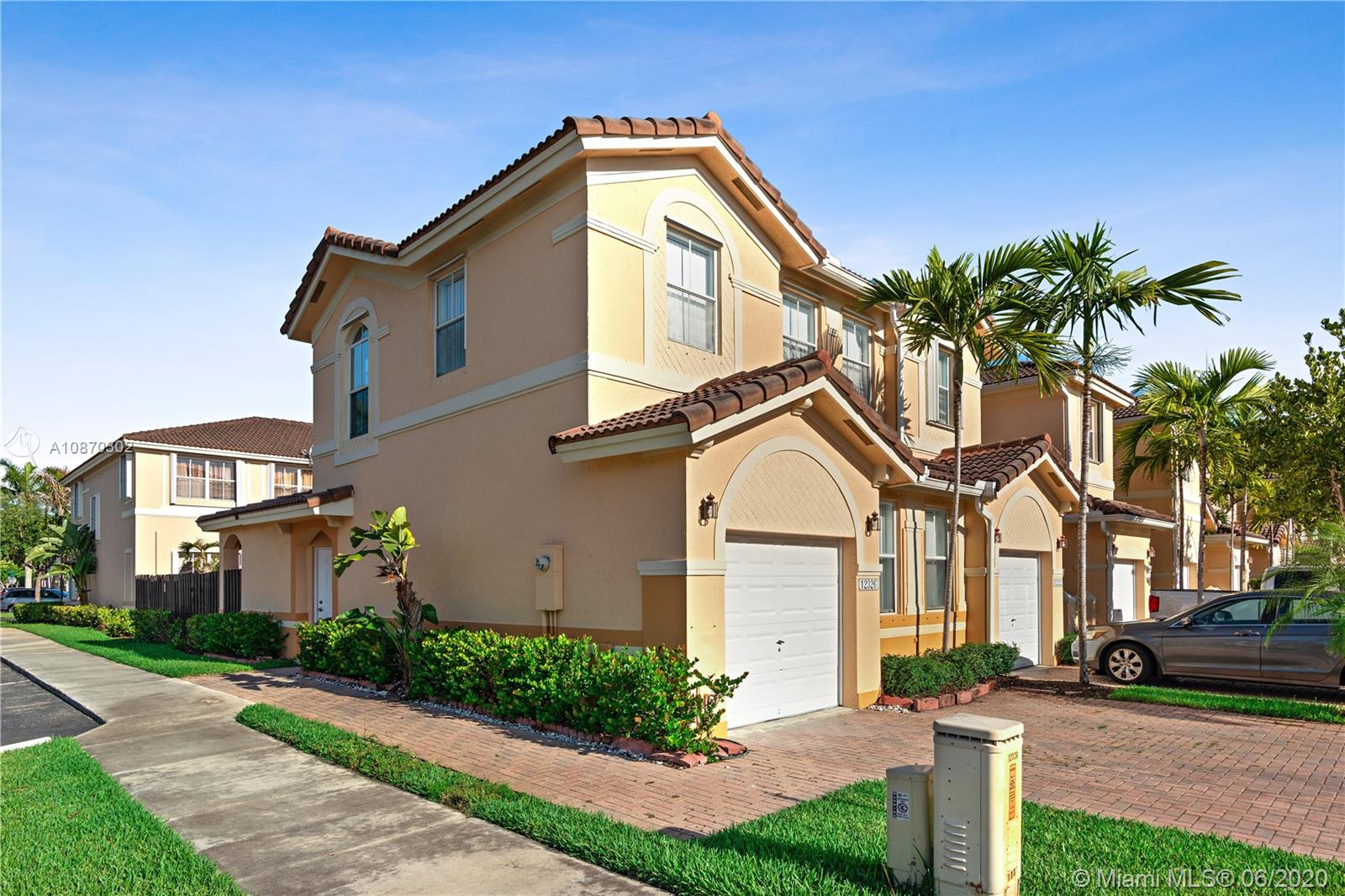 12326 SW 124th Path  For Sale A10870302, FL