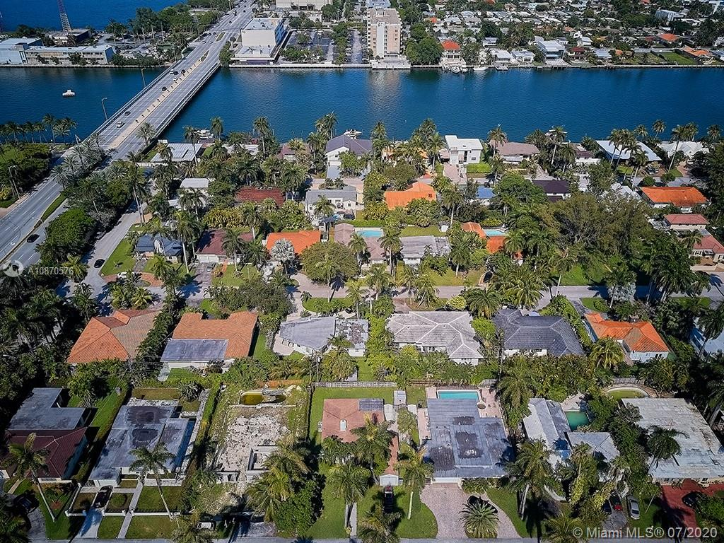 7801  Center Bay Dr  For Sale A10870576, FL