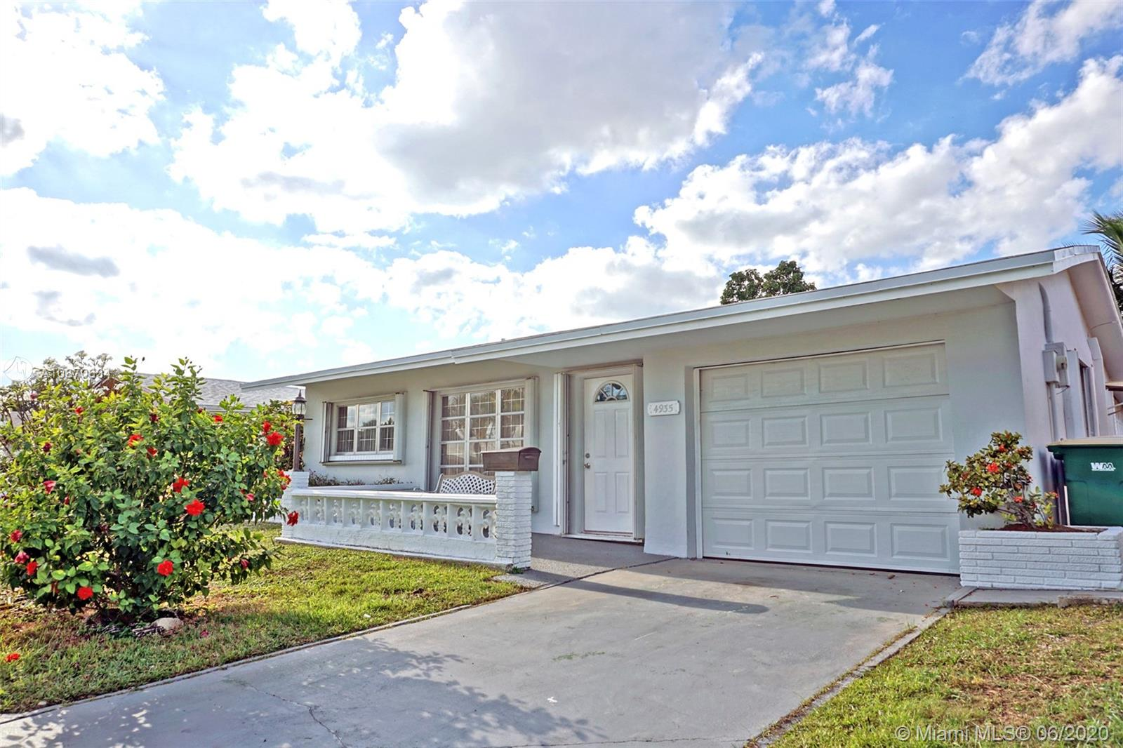 4935 NW 48th Ave  For Sale A10870634, FL