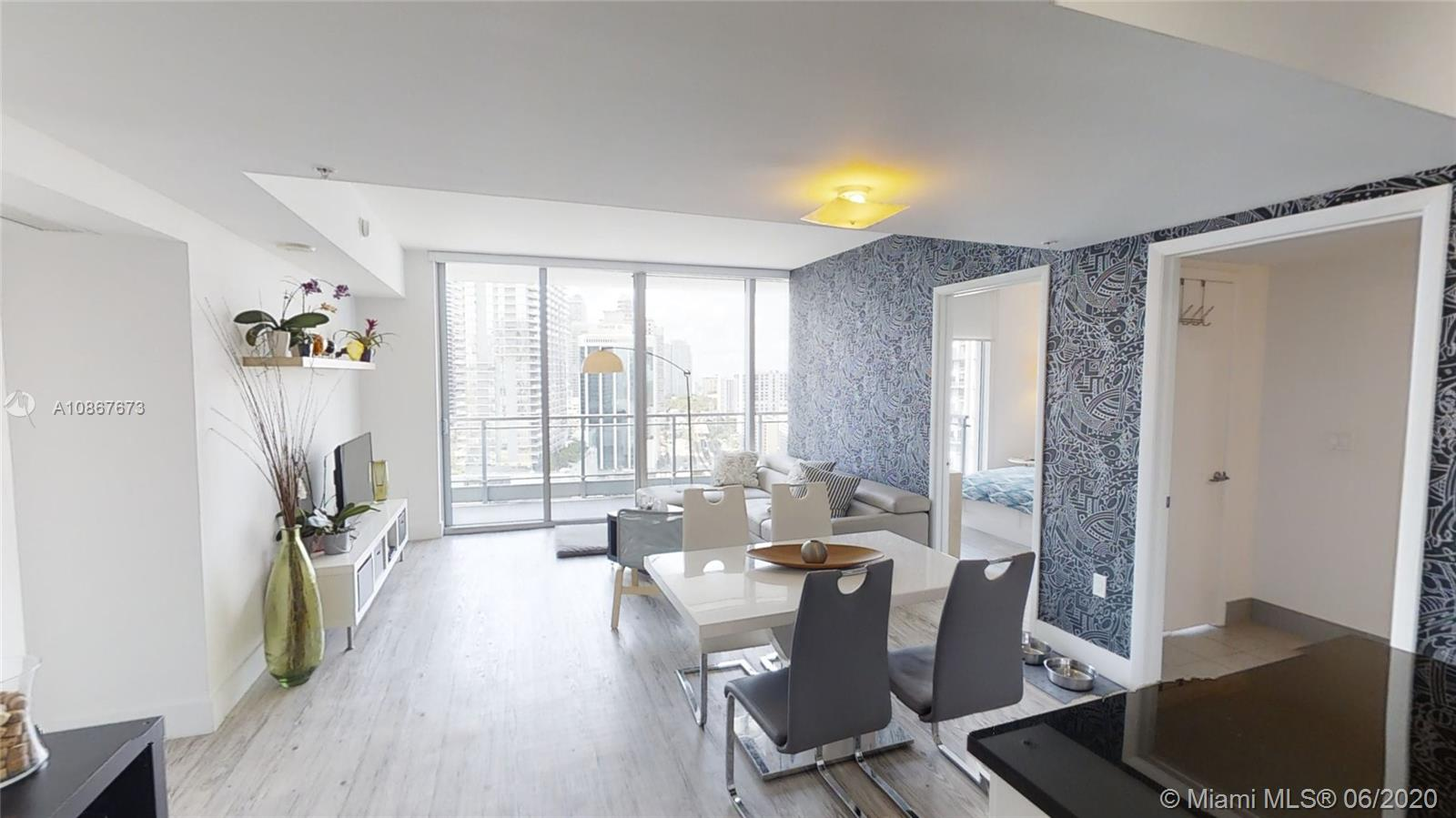 92 SW 3rd St #2504 For Sale A10867673, FL
