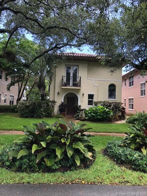 491  Menendez Ave #11 For Sale A10870791, FL