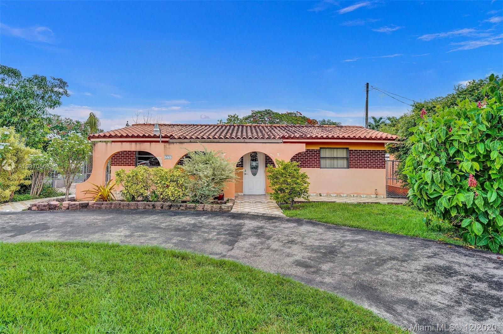 221 SW 122nd Ave  For Sale A10870568, FL