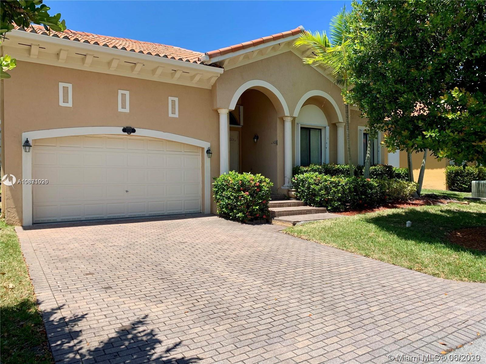 7737 SW 188th Ter  For Sale A10871026, FL