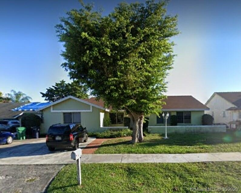 9334 SW 172nd Ter  For Sale A10871109, FL