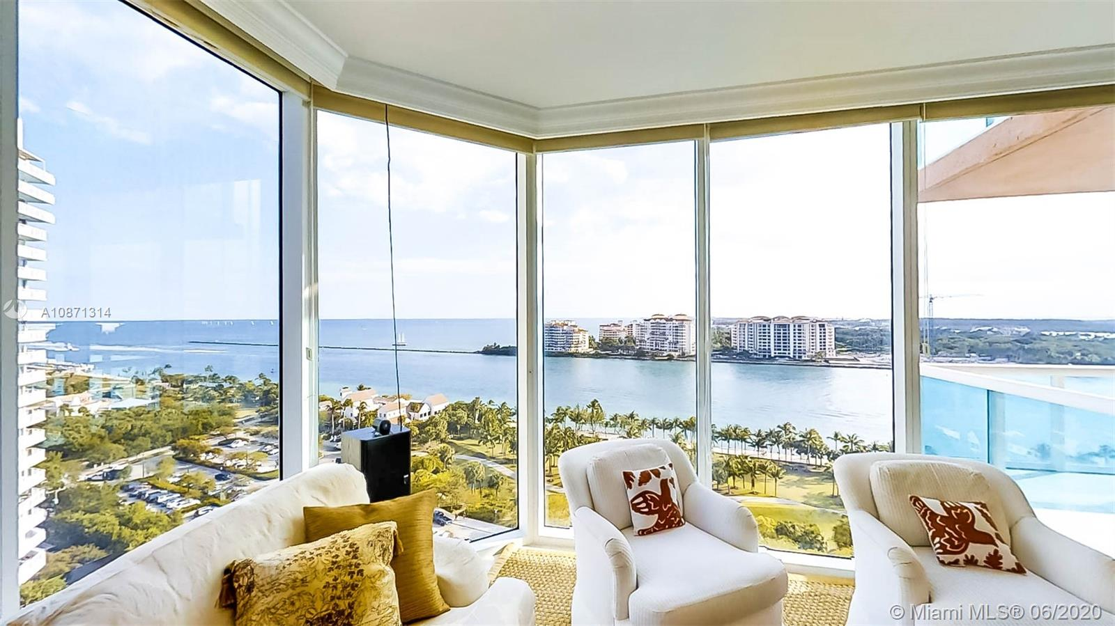 300 S Pointe Dr #1601 For Sale A10871314, FL