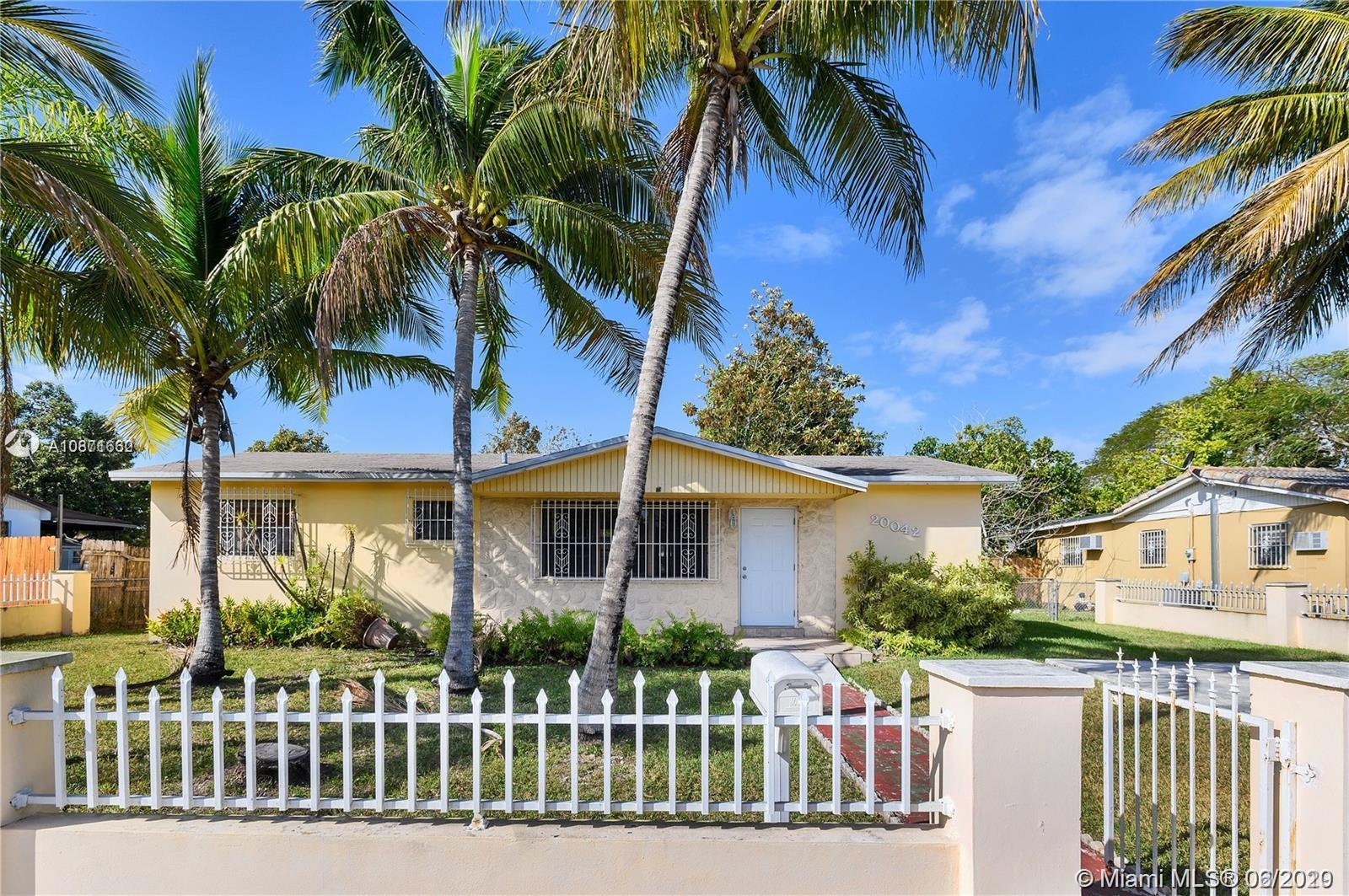 20042 SW 118th Ave  For Sale A10871662, FL