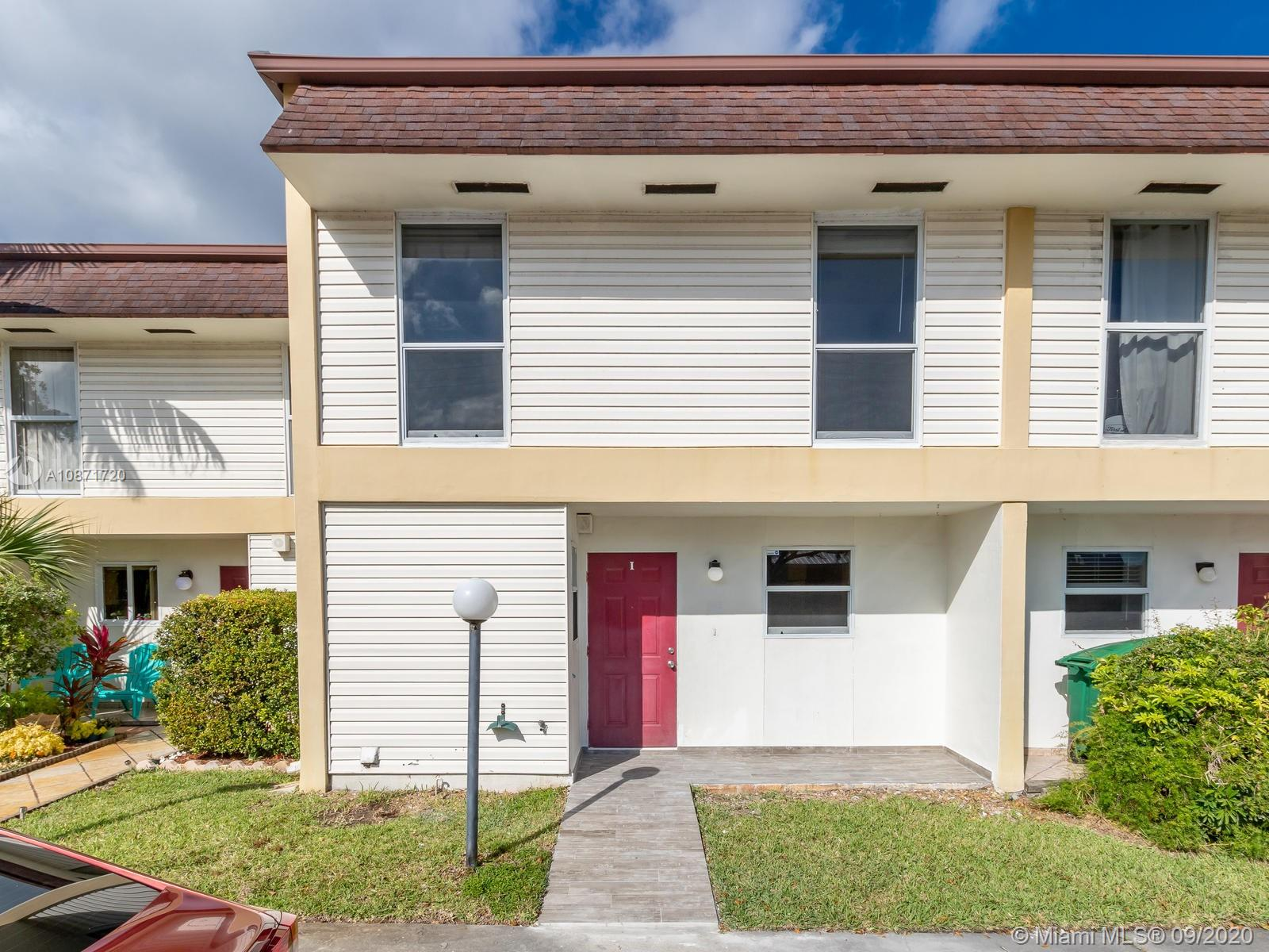 3321 S Raleigh St #3I For Sale A10871720, FL