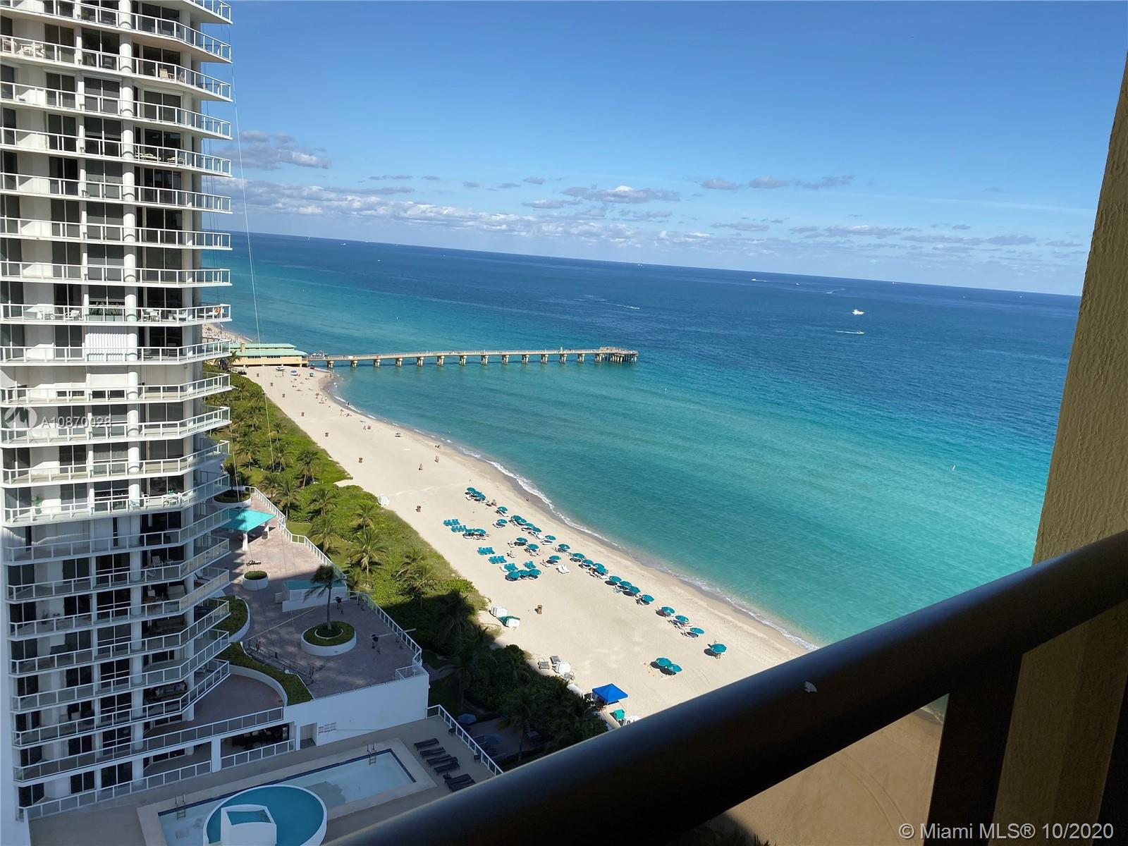 Super spacious and bright unit at Sayan Condo, featuring great amenities and direct access to the ocean and beach service provided by the building. Marble floors, european kitchen cabinets, custom-made closets and more.