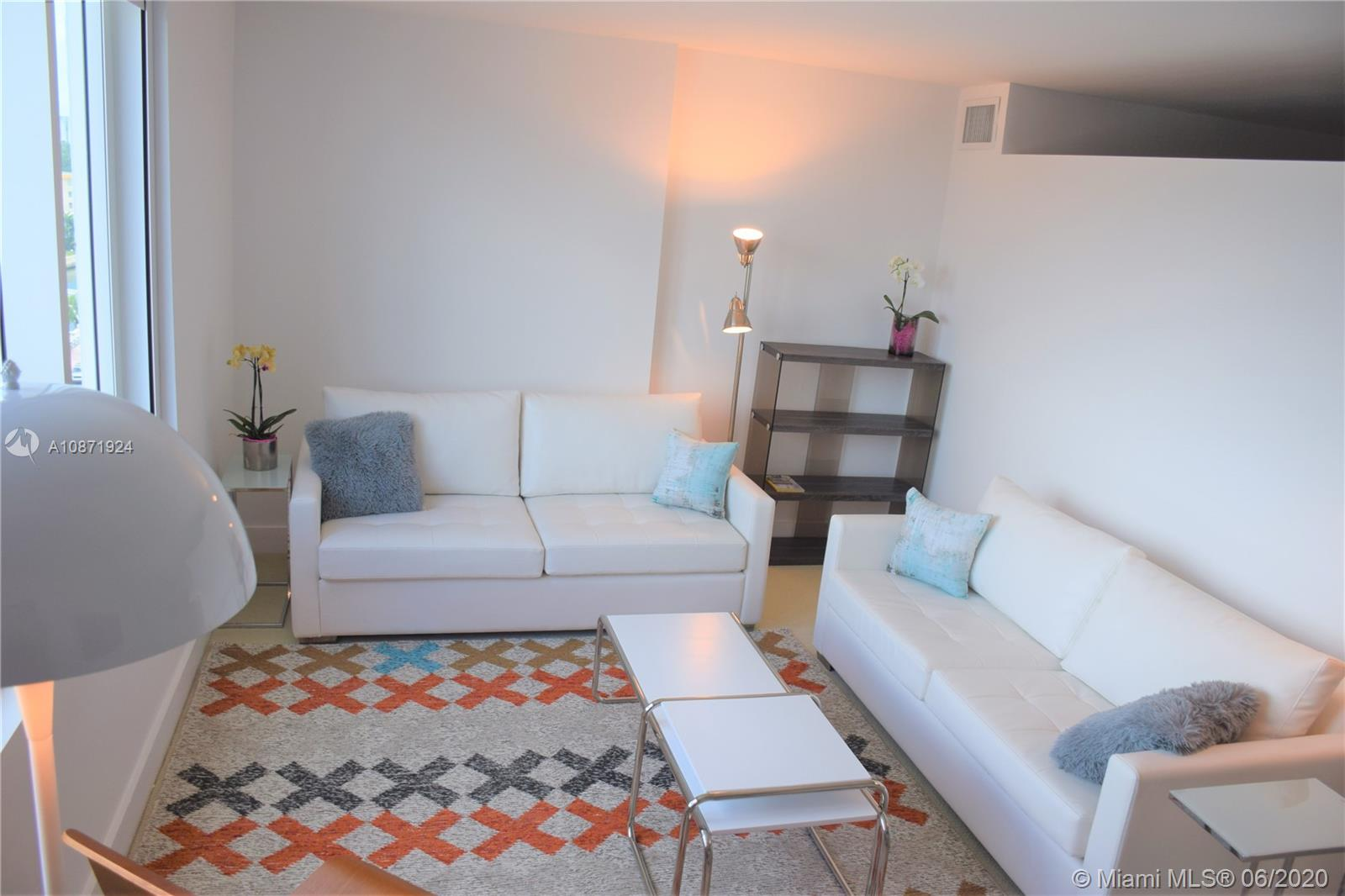 2301  Collins Ave #836 For Sale A10871924, FL