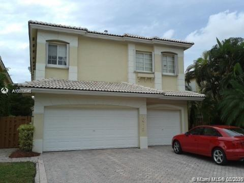 10773 NW 69th Ter  For Sale A10871646, FL