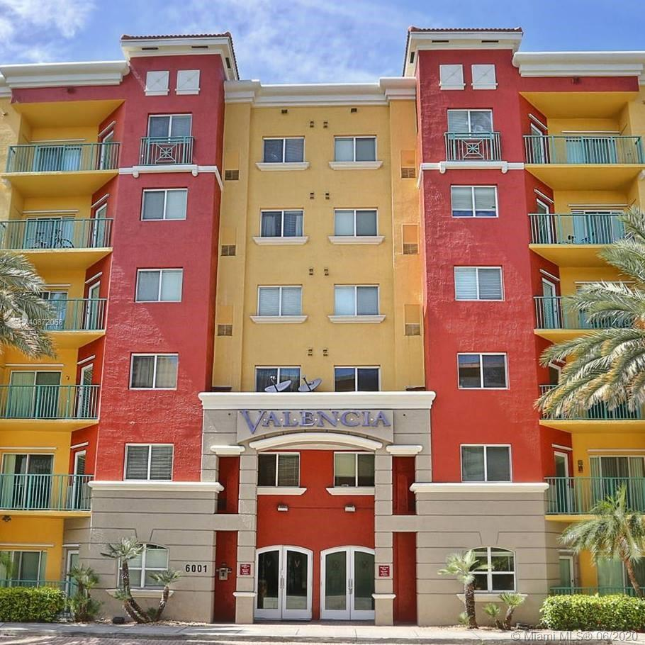 Beautiful 1/1 condo in the heart of South Miami just one block from Sunset Place and the Metro Rail, and also to University of Miami. Nice size bedroom, walk-in closet and great size bathroom with tub/shower combination. Washer & Dryer inside Unit. Assigned Parking in Garage, Plenty of Guest Parking in garage as well. Amenities include 24/7 Security, Concierge, Gym, Clubhouse, Billiards Room, Tropical Courtyard, Pool, Gazebo, Sun Deck, BBQ Grills & MORE! PET-FRIENDLY!It currently has a tenant until June 2021