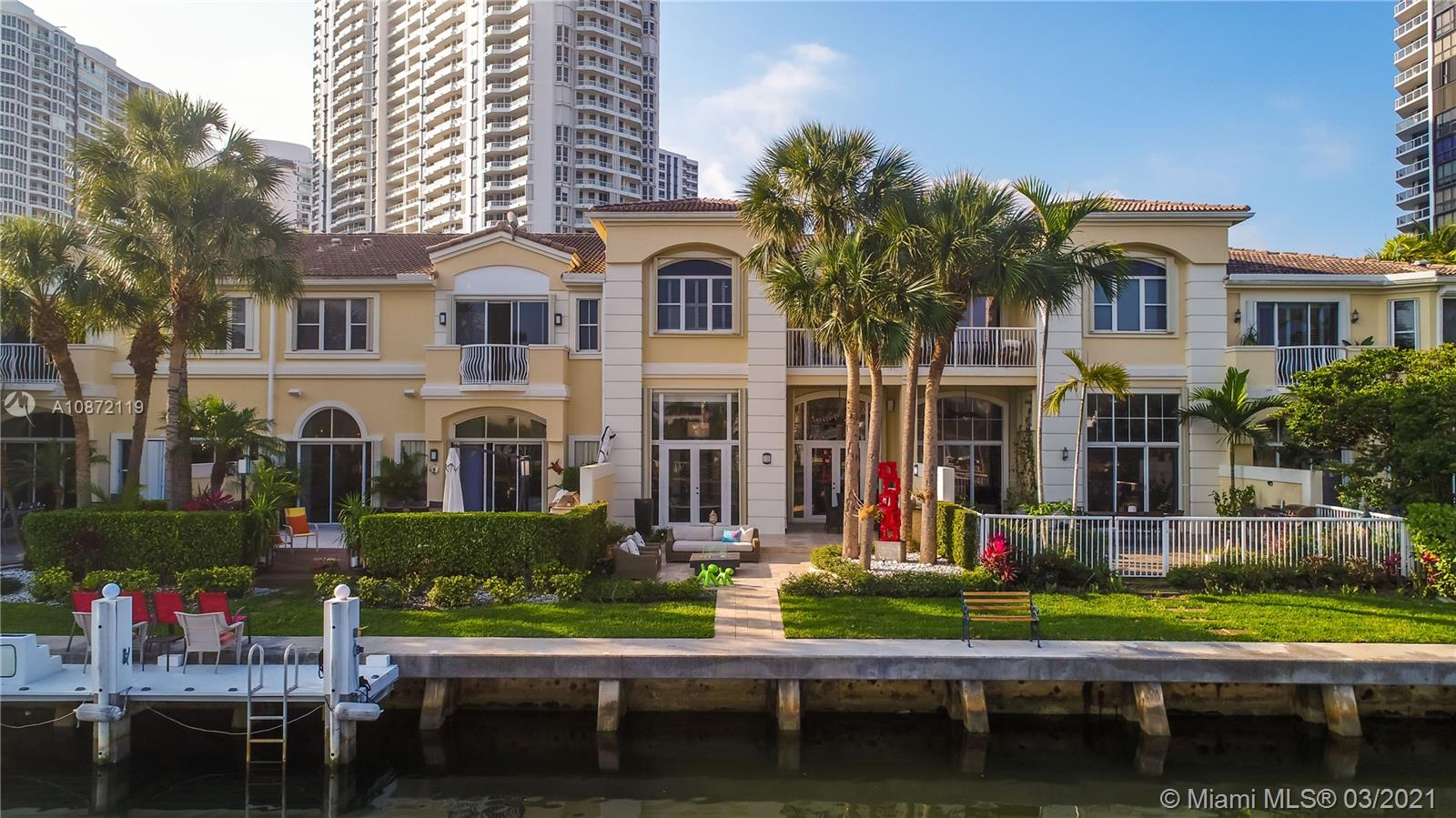 JUST REMODELED TOWNHOUSE WITH BEAUTIFUL TERRACE AND INTRACOASTAL VIEW. NEW MASTER BEDROOM HOTEL STYLE, BEAUTIFUL COMMUNITY WITH NEW SPA AND TENNIS COURTS AND PLAYGROUND FOR CHILDREN. VERY HIGH CEILINGS. ONE MASTER BEDROOM COULD BE CHANGE TO TWO REGULAR BEDROOMS AS SELLER EXPENSE.  HIS & HERS BATHROOM.