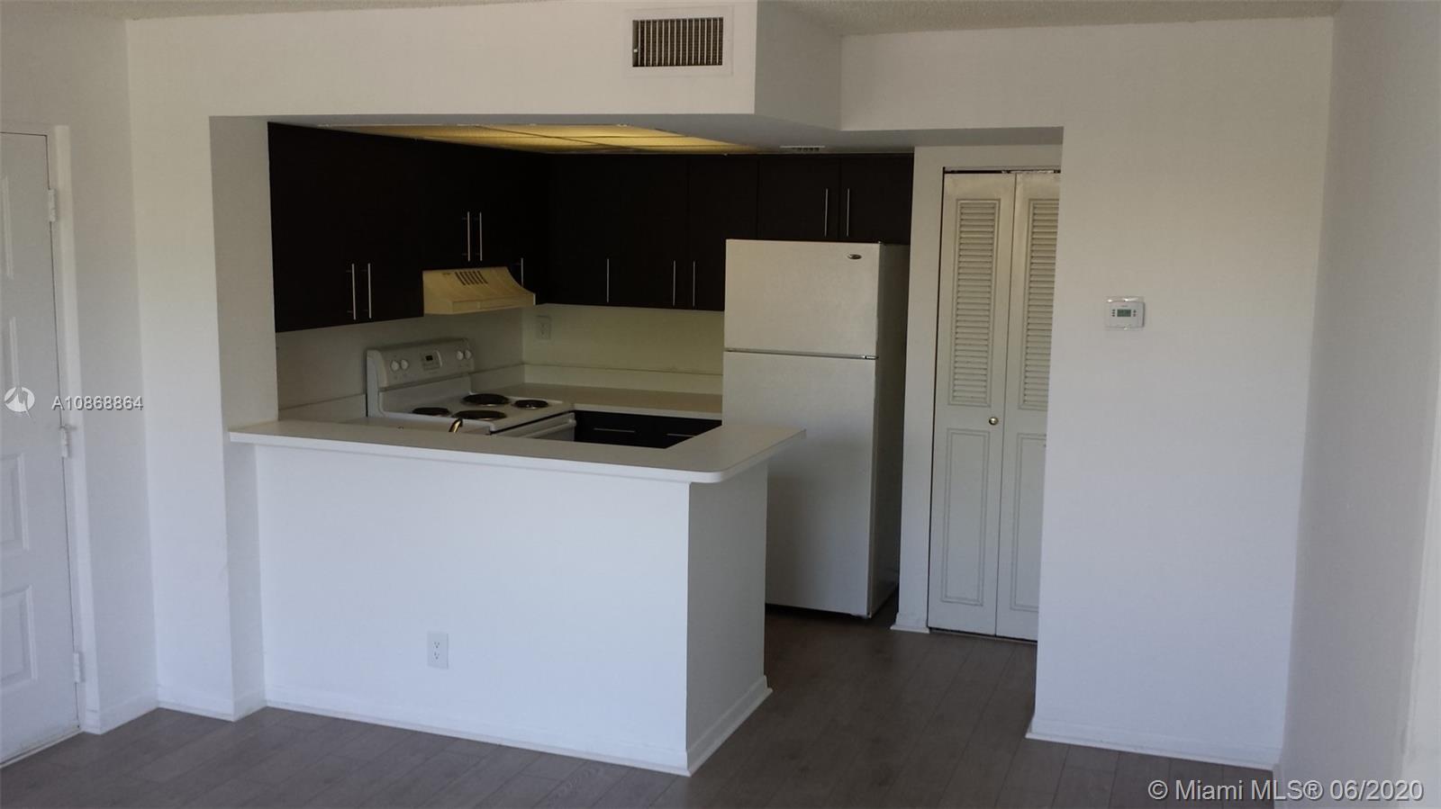 752  Executive Center Dr #25 For Sale A10868864, FL