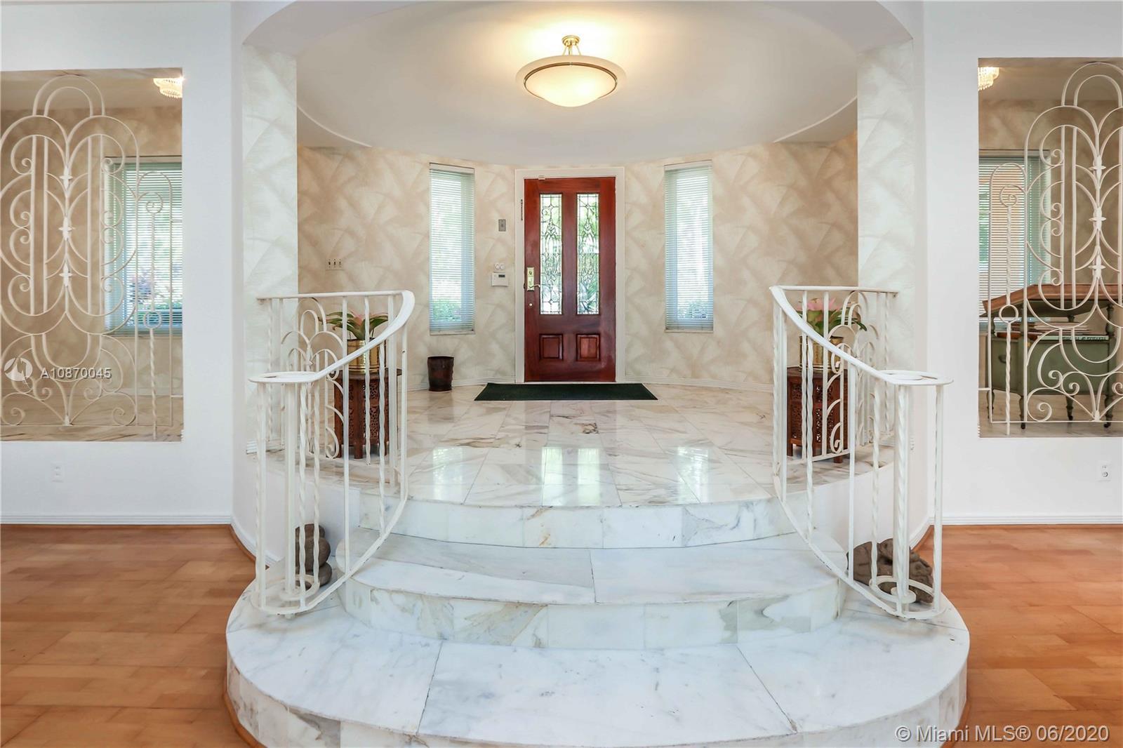 1240  Jefferson St  For Sale A10870045, FL