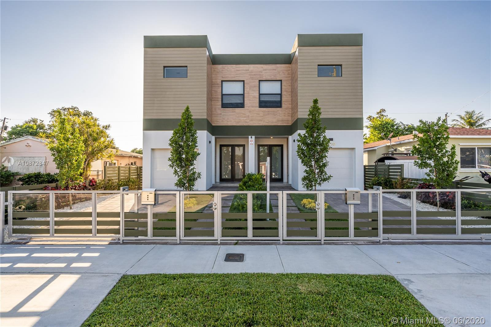 2770 SW 34th Ave  For Sale A10872847, FL