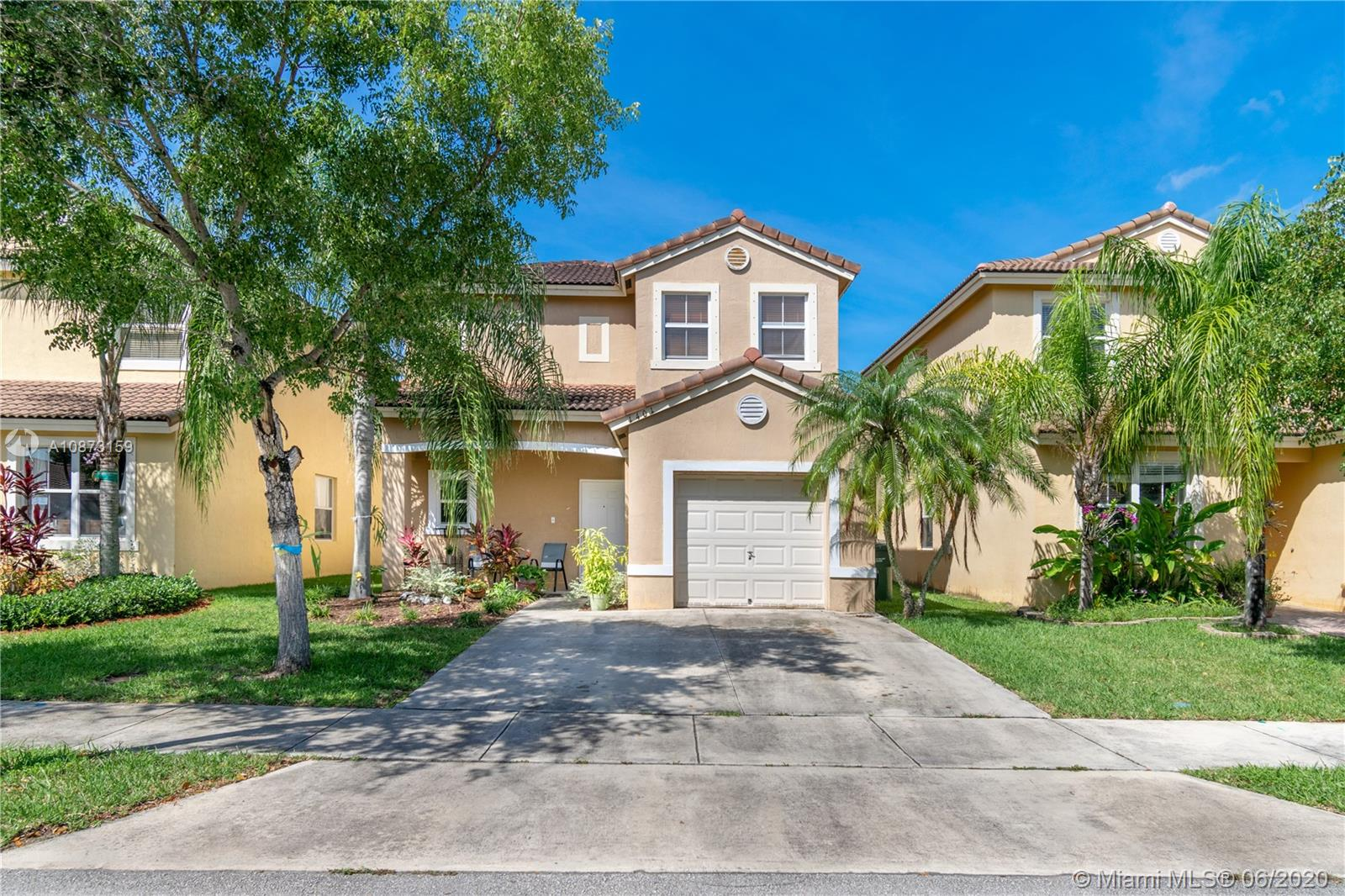 1401 SE 20th Rd  For Sale A10873159, FL