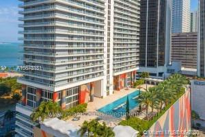 AMAZING STUDIO IN THE HEART OF DOWNTOWN IN FRONT OF BAYSIDE, CARPET AND CERAMIC FLOOR, STAINLESS STEEL APPLIANCES IN KITCHEN, LAUNDRY INSIDE, BEAUTIFUL VIEW FROM THE HUGE BALCONY, GREAT CONDO AMENITIES, 1 PARKING SPACE.