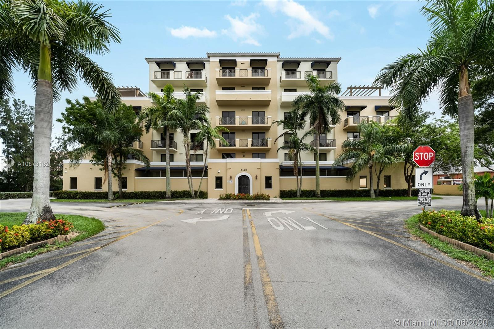 8440 SW 8th St #209A For Sale A10873182, FL