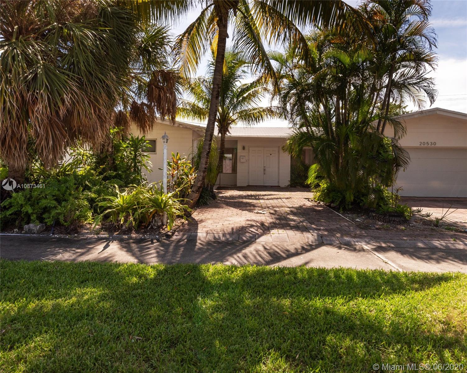 20530  Highland Lakes Blvd #20530 For Sale A10873461, FL