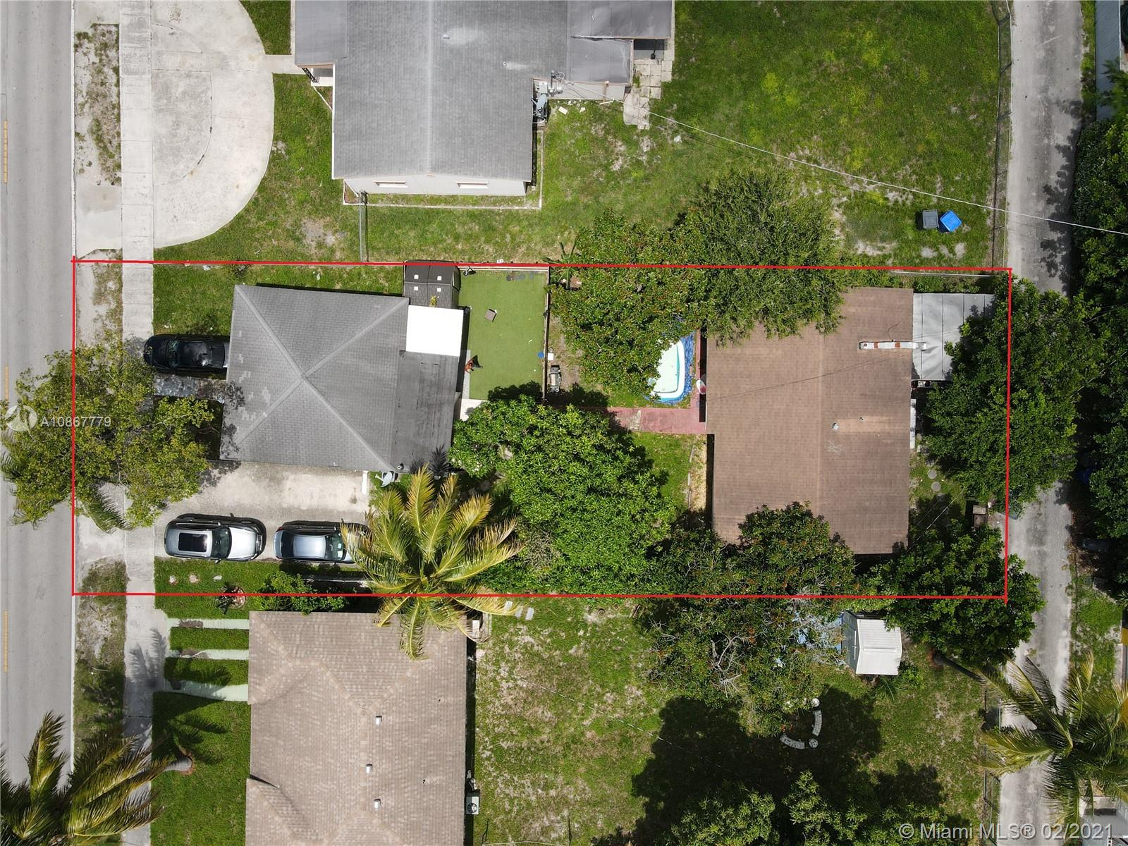 2237  Taft St  For Sale A10867779, FL