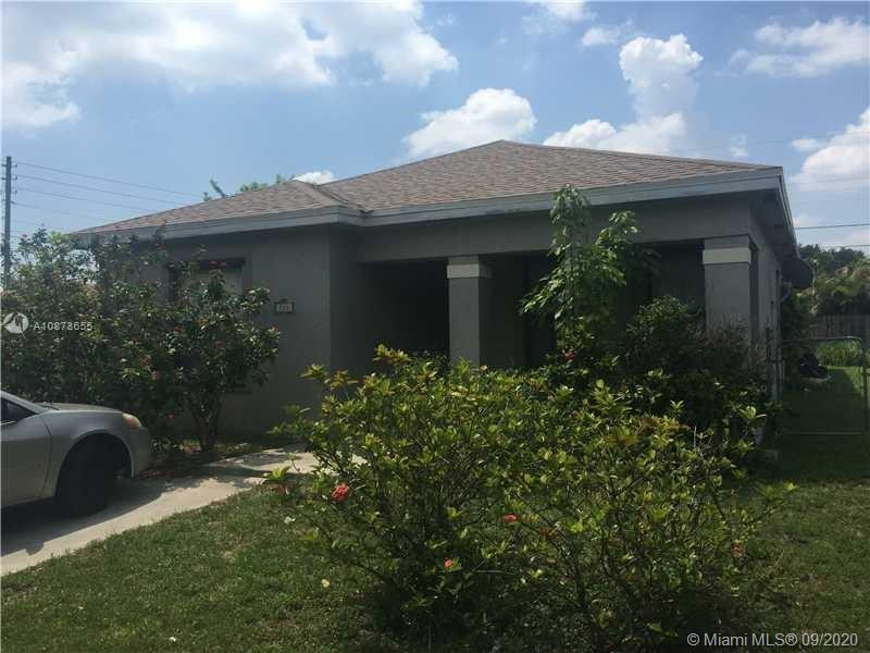 SINGLE FAMILY HOUSE LARGE 4 BEDROOM/ 2.5 BATH, FENCED RENOVATED AND READY TO BE CALLED HOME. TILE THROUGHOUT, NEW AC, RENOVATED KITCHEN. FENCED BIG BACK YARD