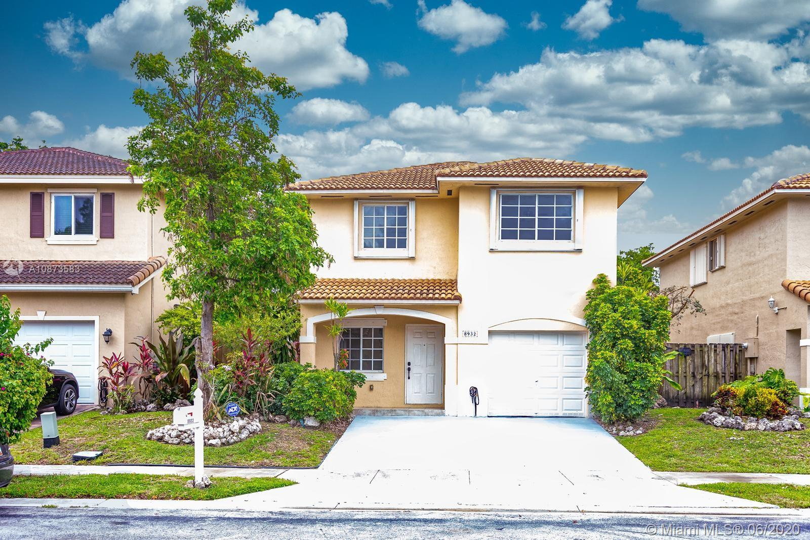 8932 SW 215th Ln  For Sale A10873583, FL