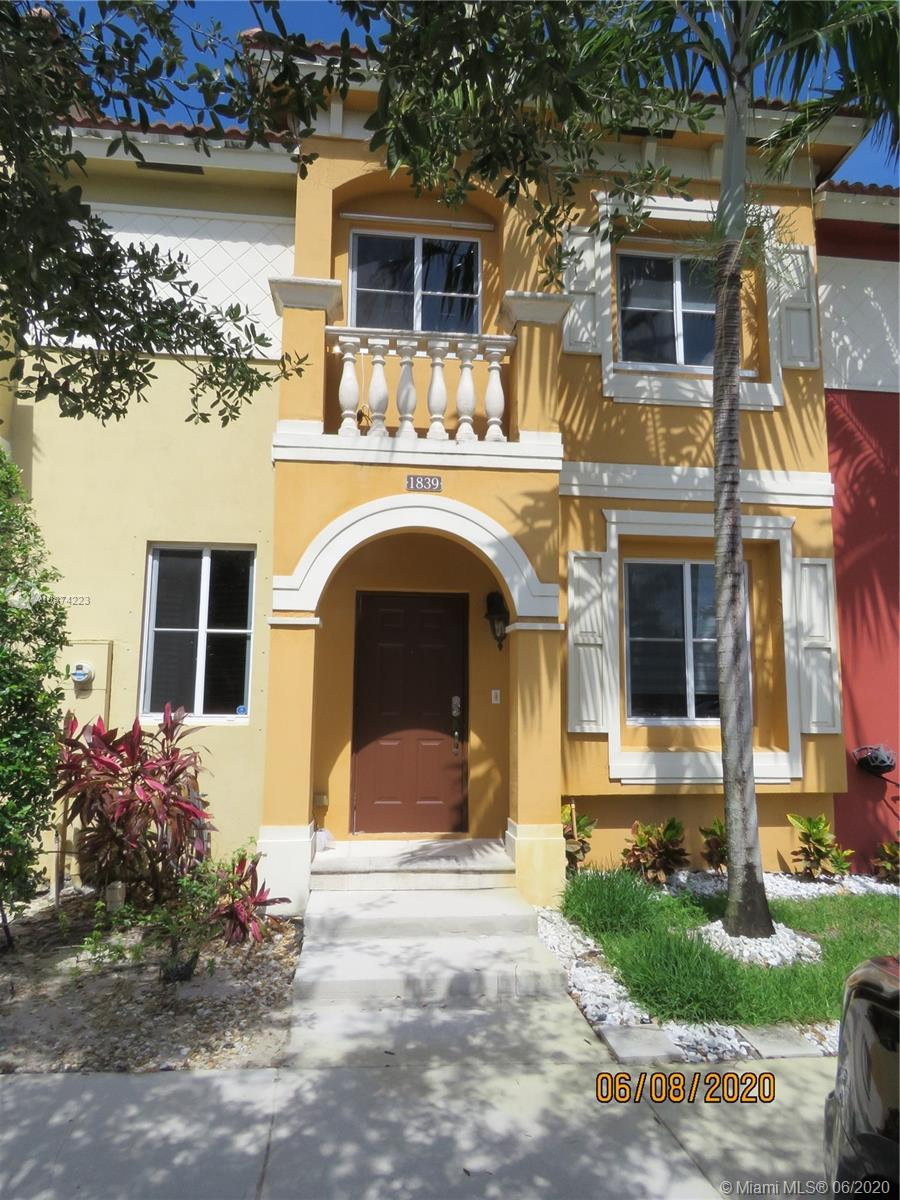 1839 SW 89th Ter  For Sale A10874223, FL