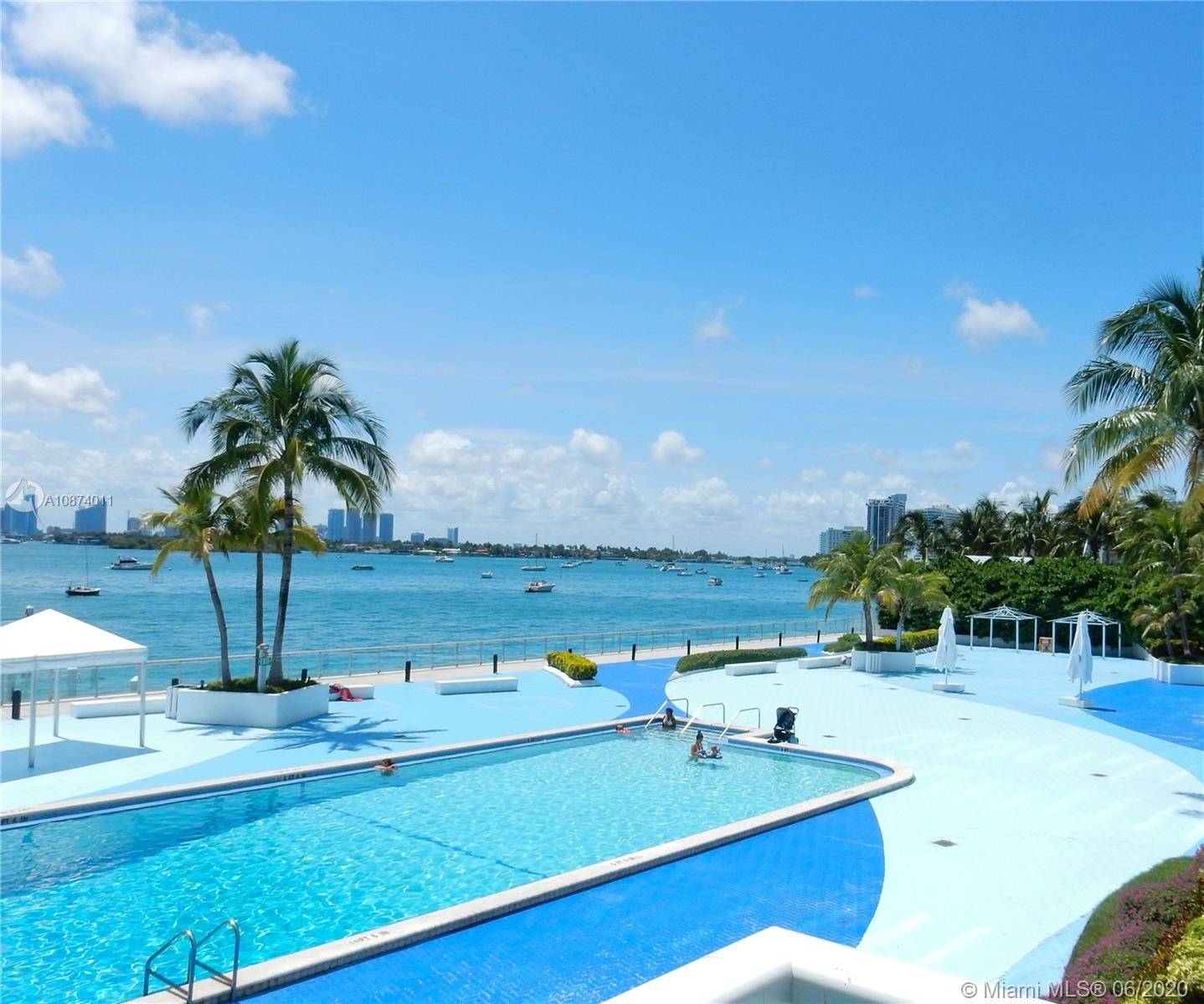 1000  West Ave #218 For Sale A10874011, FL