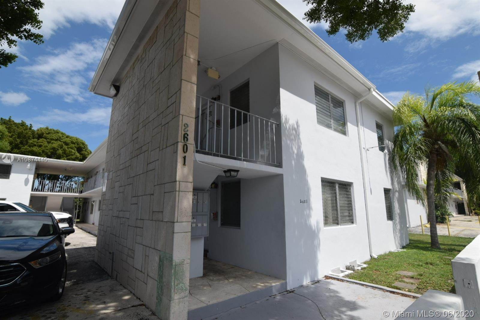 2601 SW 22nd Ave #7 For Sale A10874445, FL