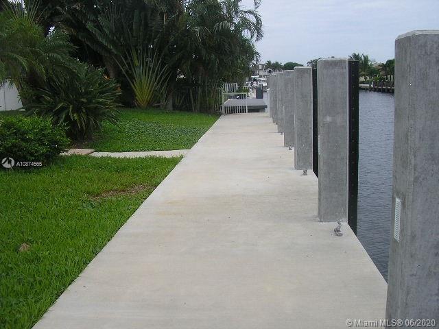 5220 NE 32nd Ave, Fort Lauderdale, FL 33308