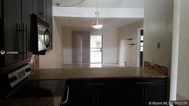 6936 SW 40 CT #10M For Sale A10874693, FL