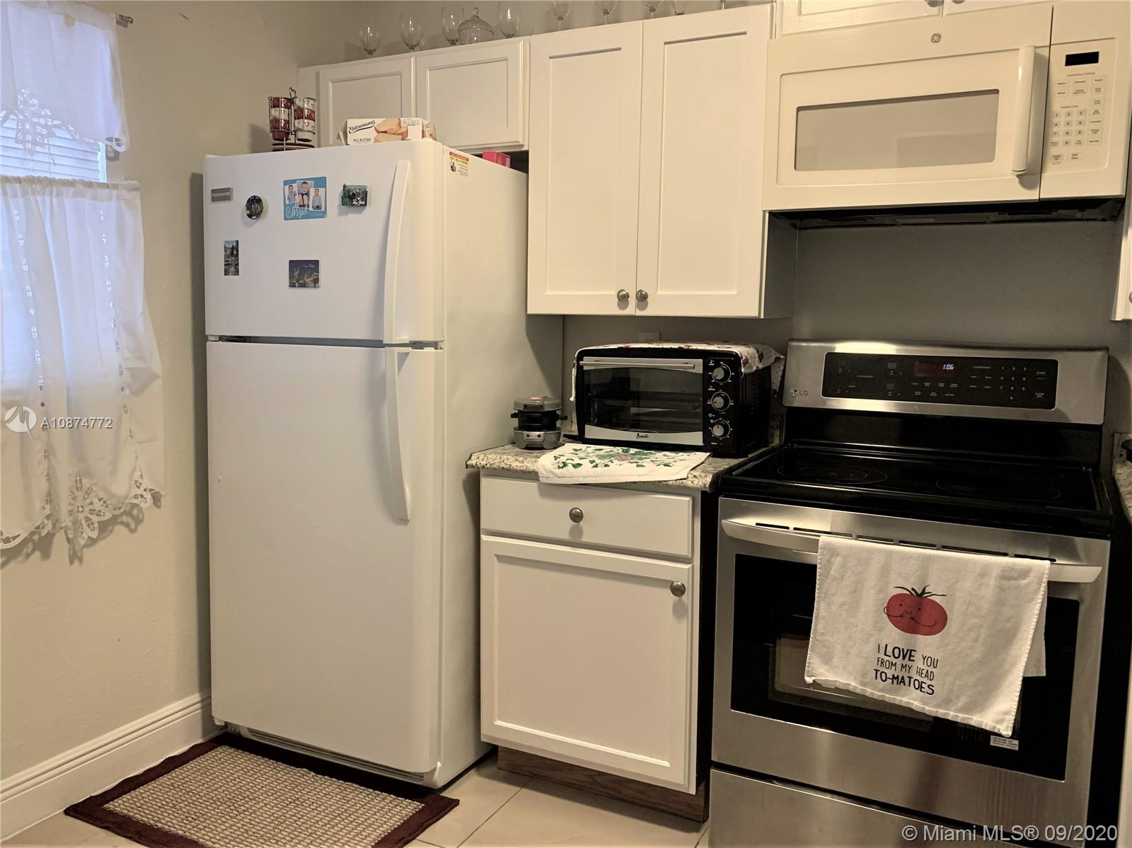 Special for investors 2 bedroom 2 bathrooms in excellent condition, Corner Unit with Hurricane shutter, Tile throughout , Update Electric box, Updated kitchen cabinet, Freshly painted, only $235 maintenance 1 A tenants paying $1,250.00 with a year contract.