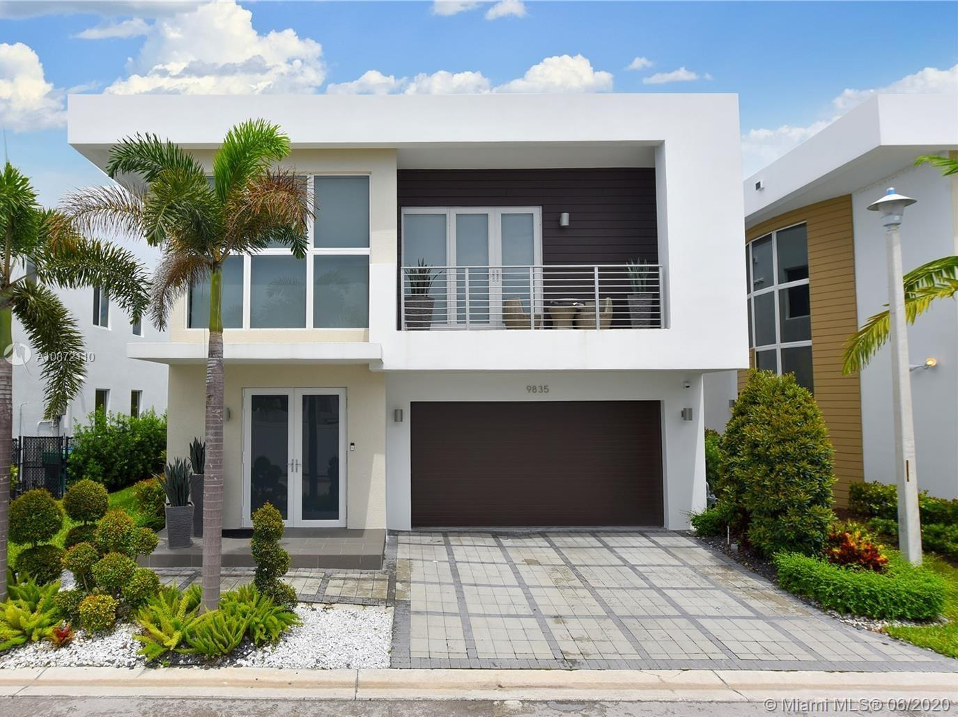 9835 NW 75th Terrace  For Sale A10872110, FL