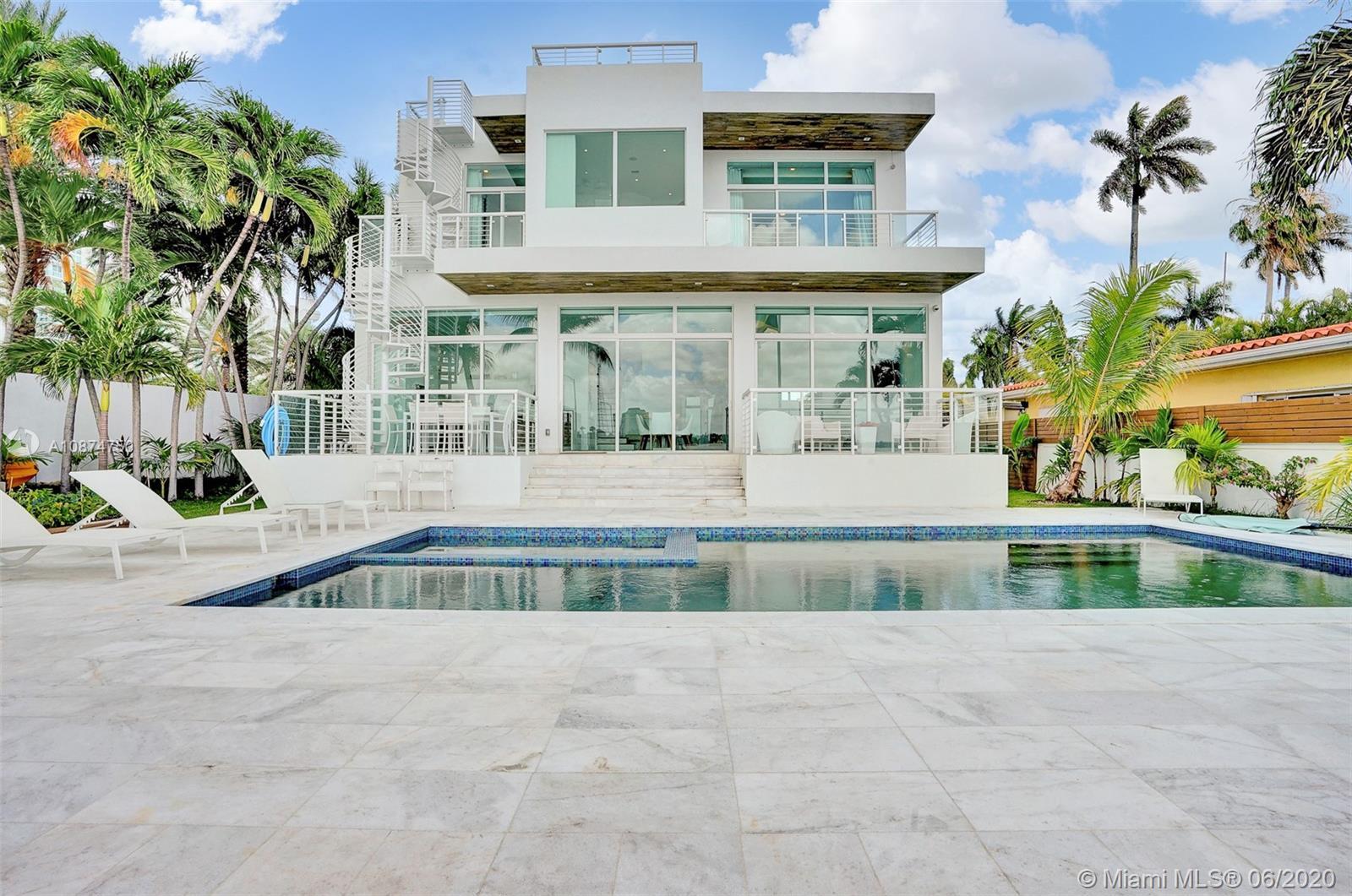 7830  Miami View Dr  For Sale A10874750, FL